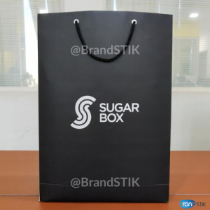 Packaging - Black themed Welcome kit sugarbox