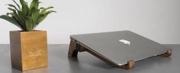 laptop stand pine wood blog banner
